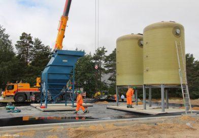 Tonnenschwere Fracht: Anlage zur Behandlung von Bohrschlamm in Borg angeliefert