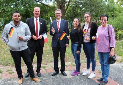 Erster Kreisrat begrüßt Berufsschüler aus Malta im Kreishaus