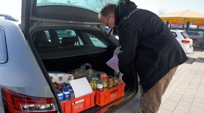 Neu bei Uelzen-Hilft: Stadtmarketing erweitert Service – Einkaufspaten nehmen Bestellung direkt auf, kaufen ein und liefern aus